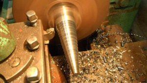 механообработка конической поверхности